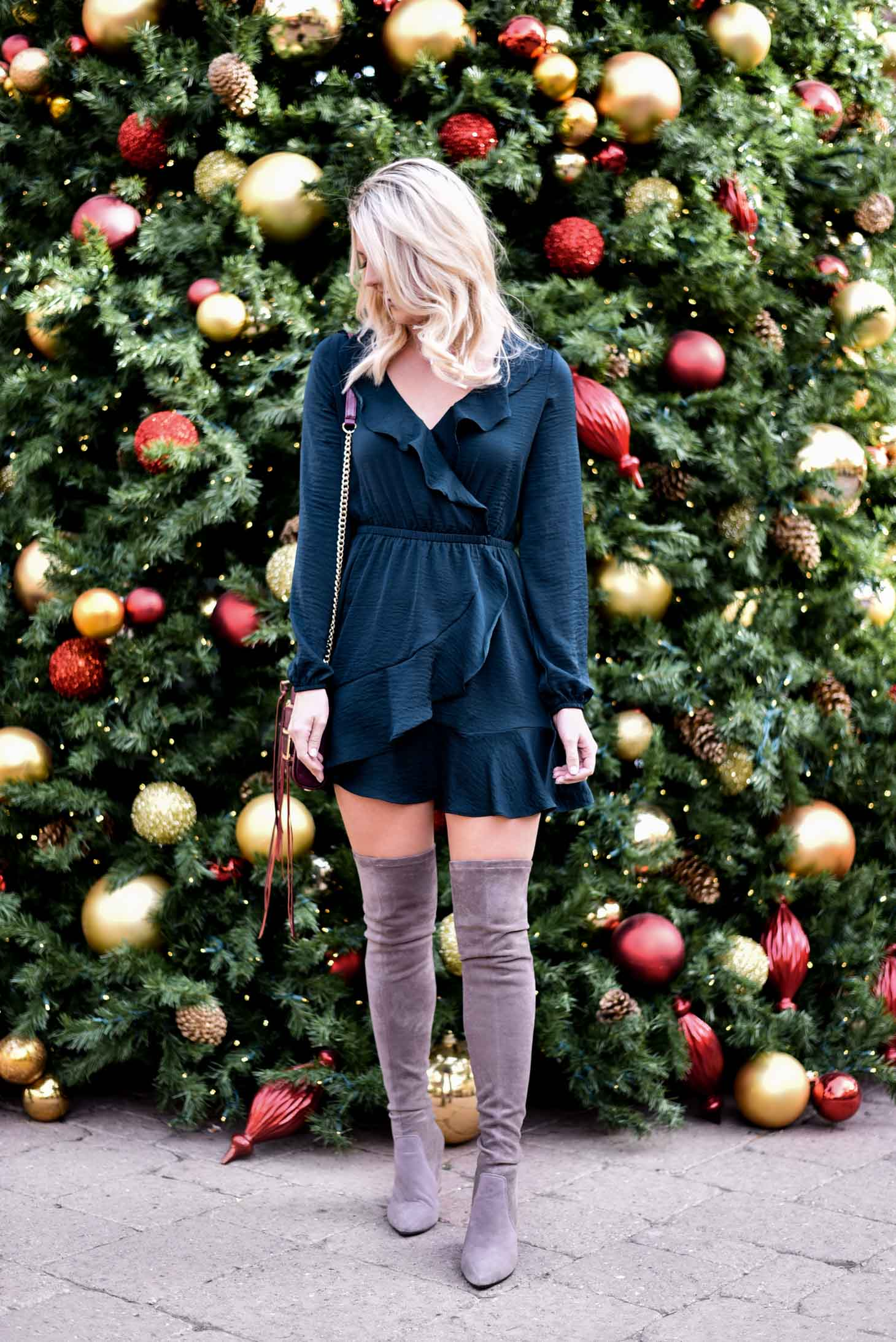 Erin Elizabeth of Wink and a Twirl in a Green Holiday Dress