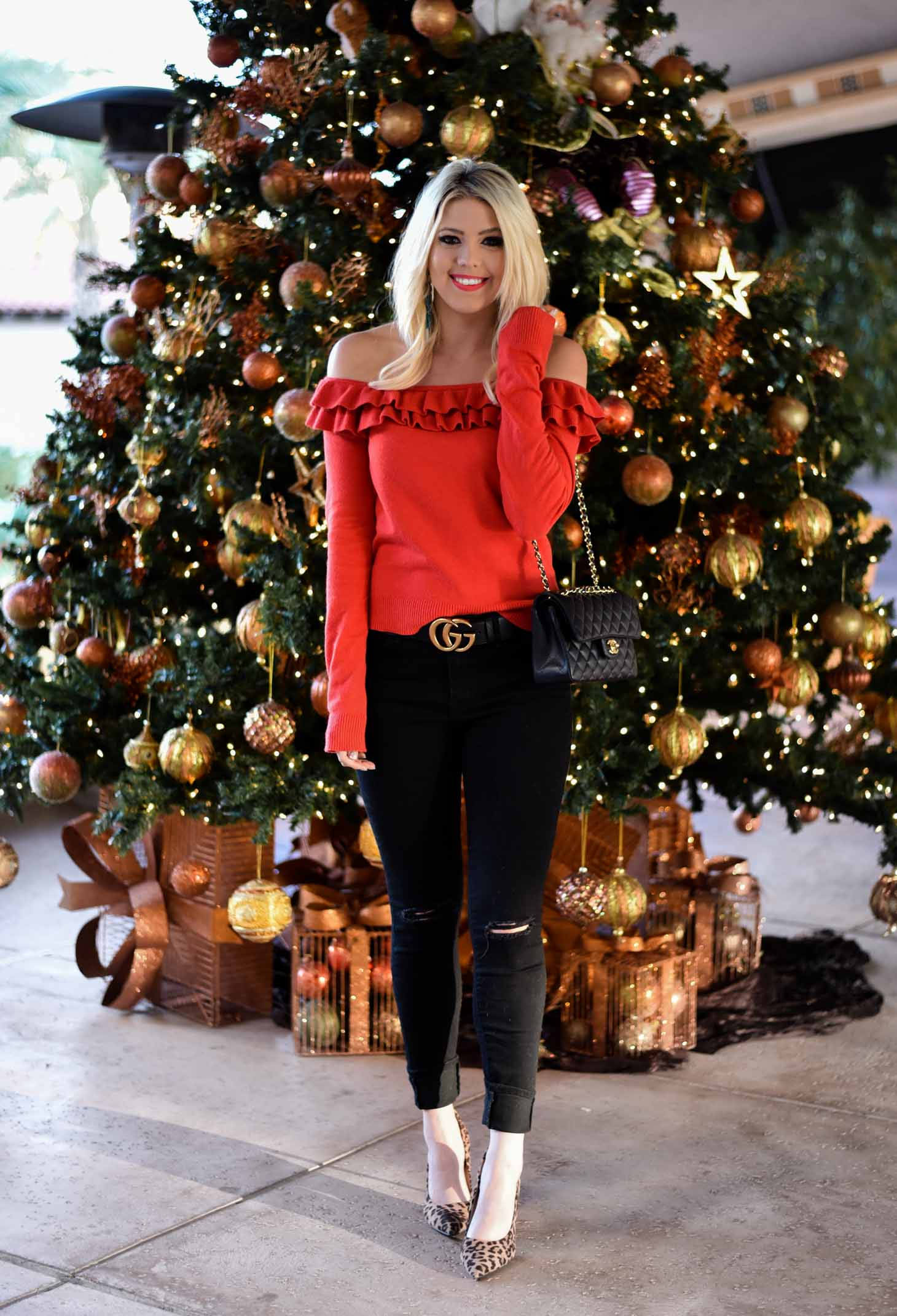 Erin Elizabeth of Wink and a Twirl in Holiday Casual Style