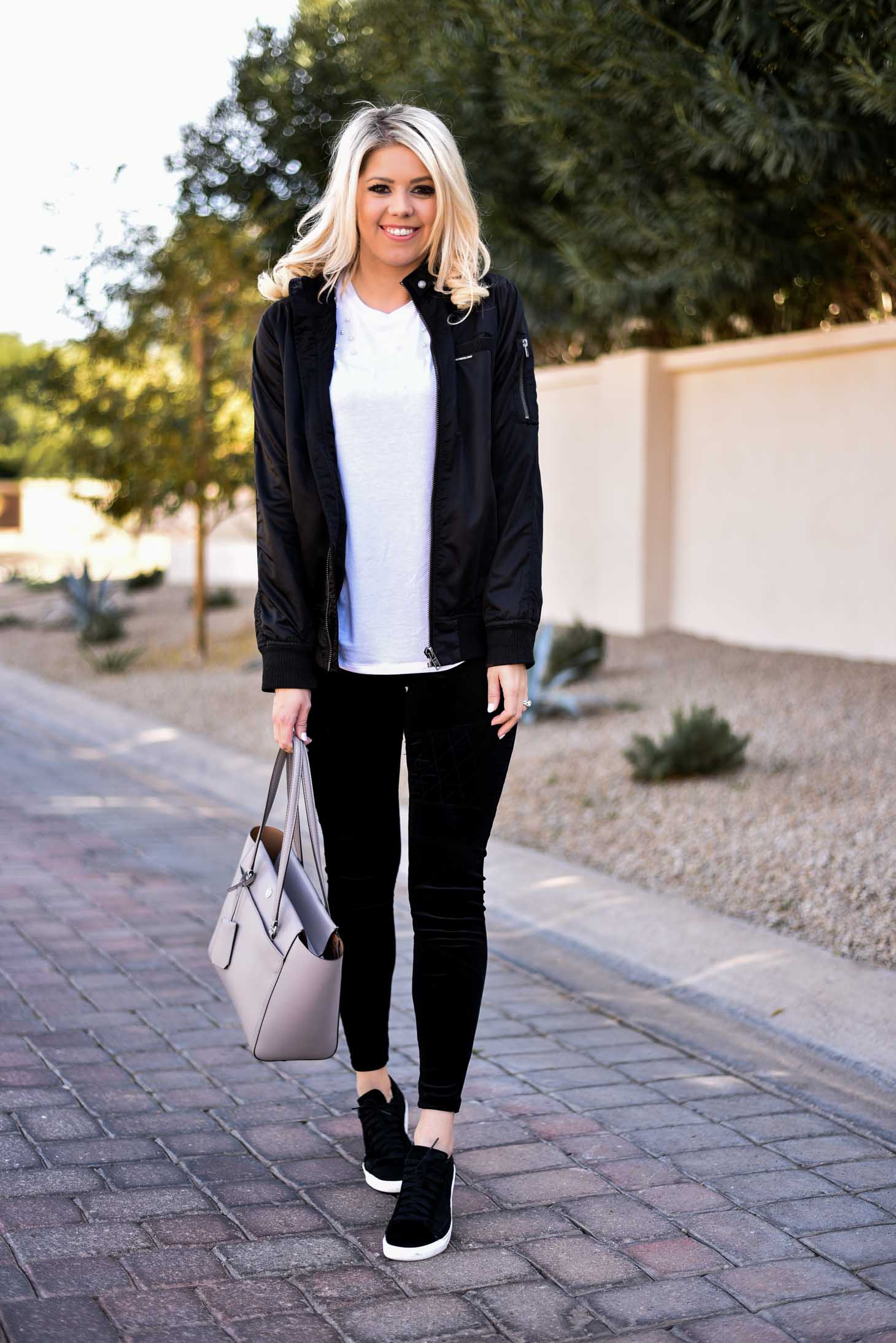 Erin Elizabeth of Wink and a Twirl Casual Style