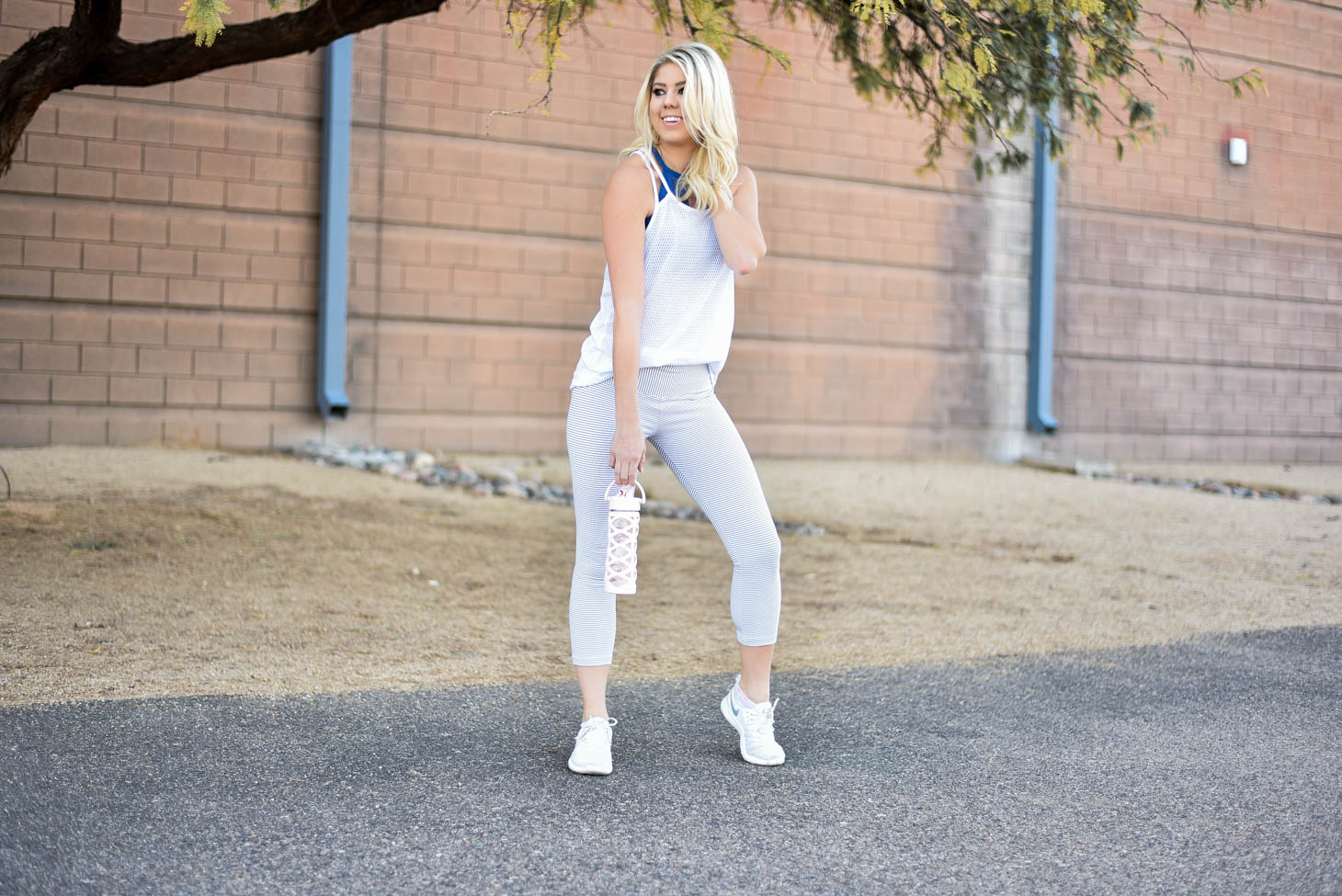 Erin Elizabeth of Wink and a Twirl in Lorna Jane Fitness Style