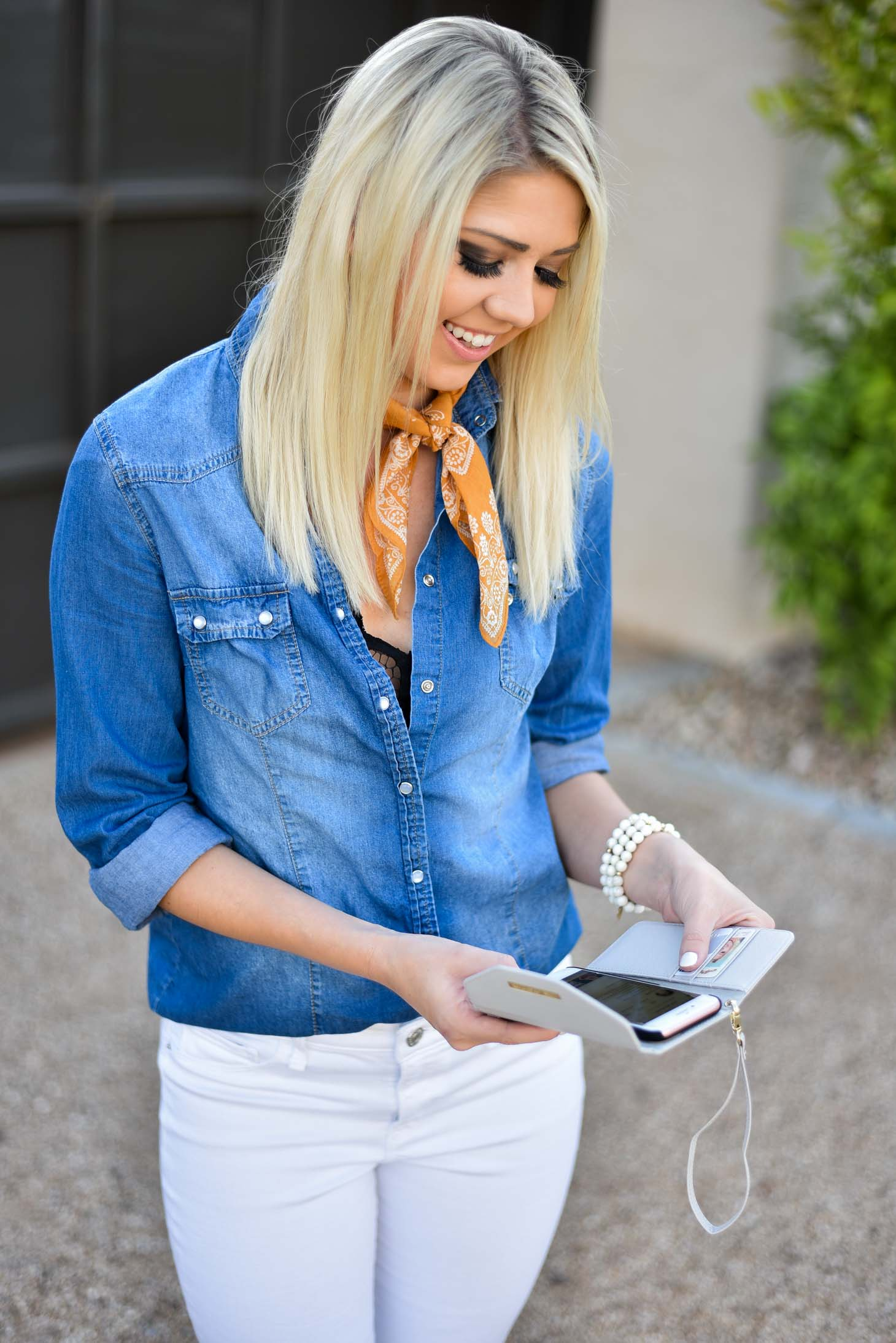 Erin Elizabeth of Wink and a Twirl Spring Style with Ideal of Sweden
