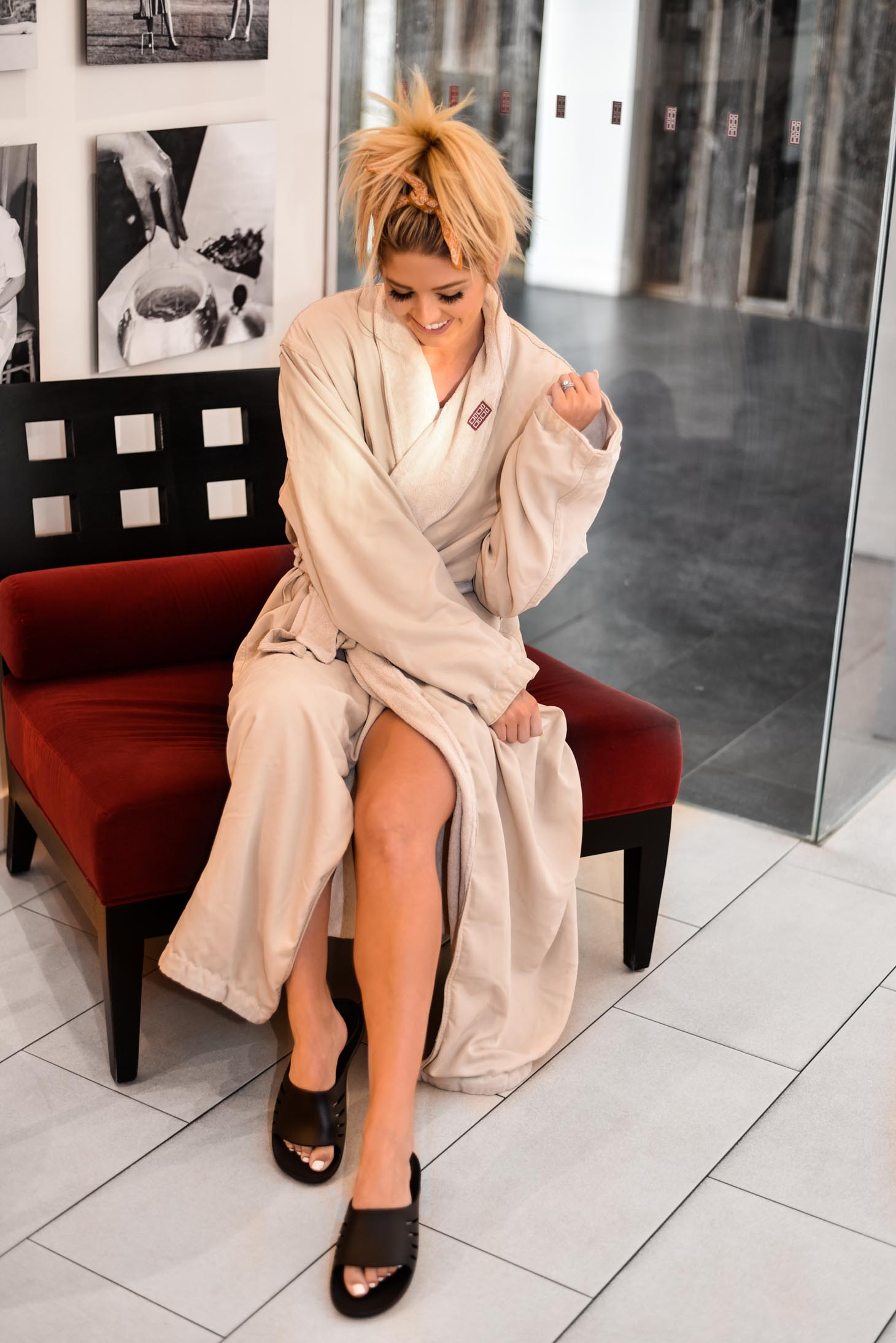 Erin Elizabeth of Wink and a Twirl shares her spa experience at Red Door Spa in Scottsdale, Arizona