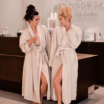 Erin Elizabeth of Wink and a Twirl and Jessica of Genuinely Jessica share their spa day experience at the Elizabeth Arden Red Door Spa