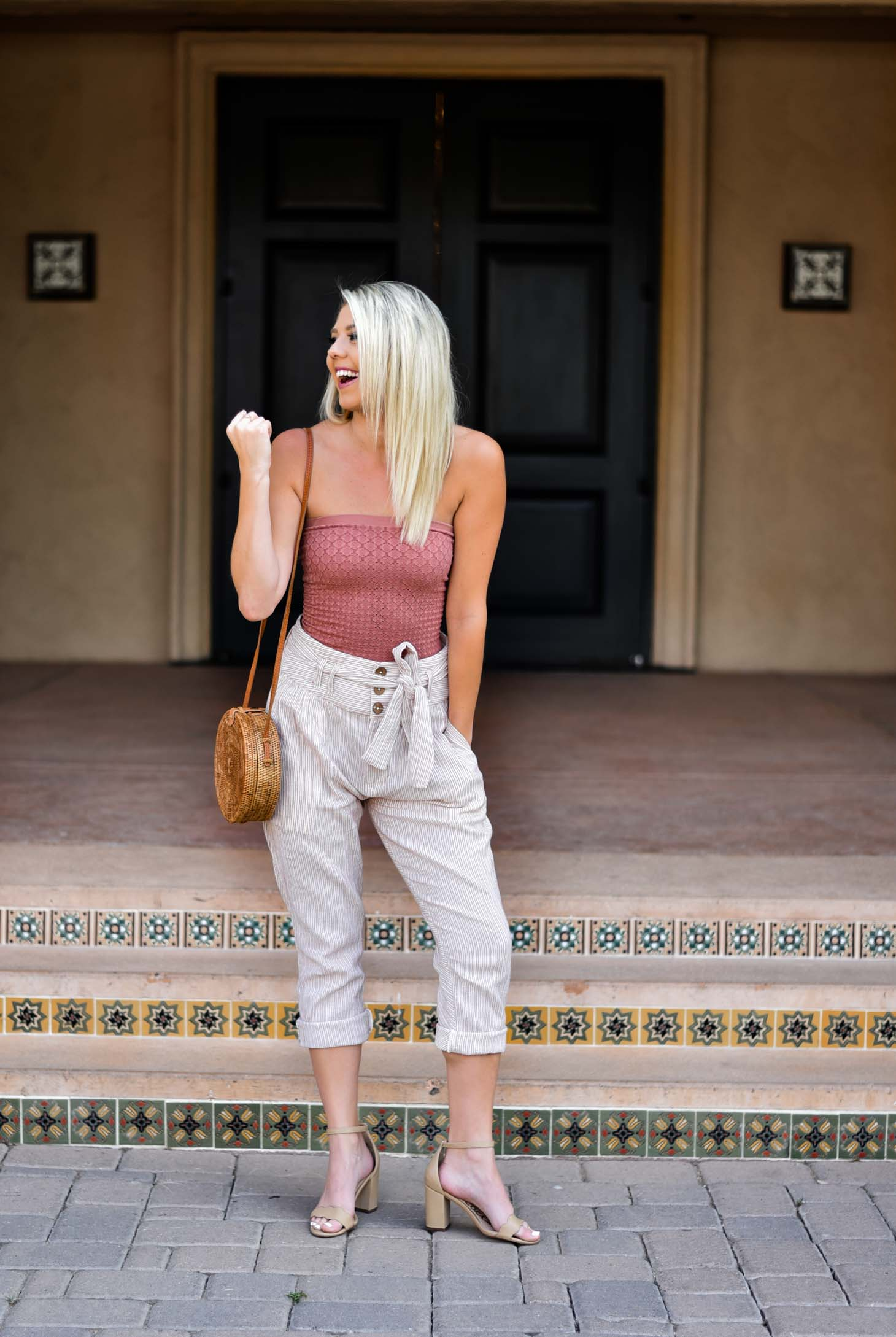 Erin Elizabeth of Wink and a Twirl shares this Free People Style and Outfit Featuring Linen Pants and Top