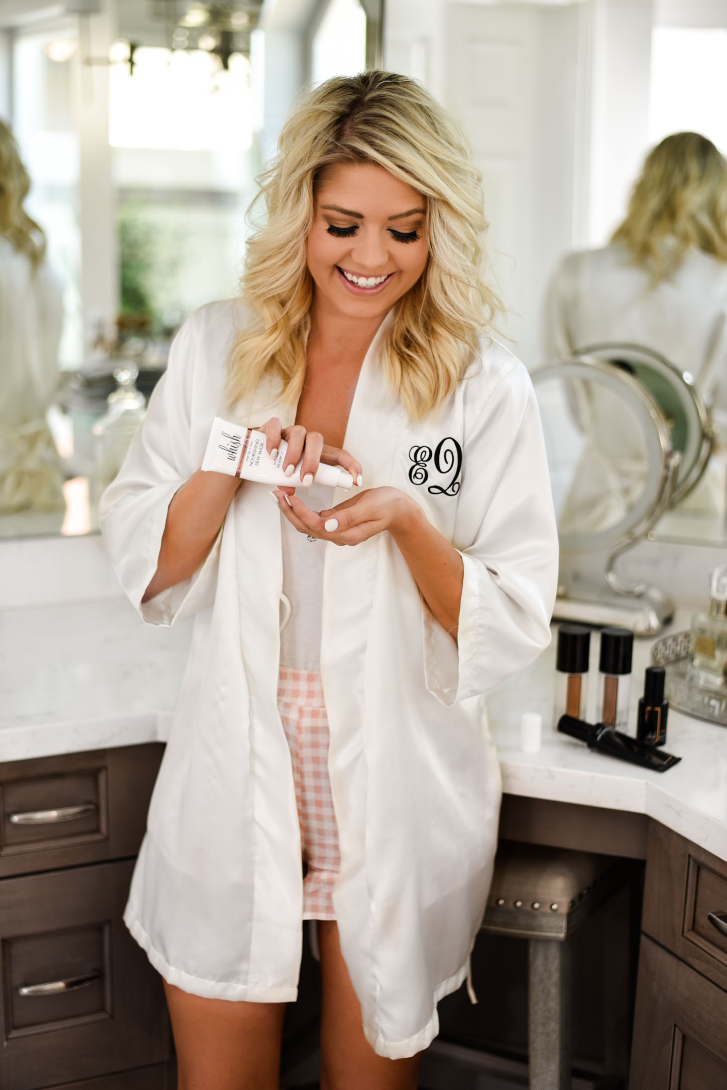 Erin Elizabeth of Wink and a Twirl shares Whish Beauty Cosmetic and Skincare Line featuring All Natural Ingredients