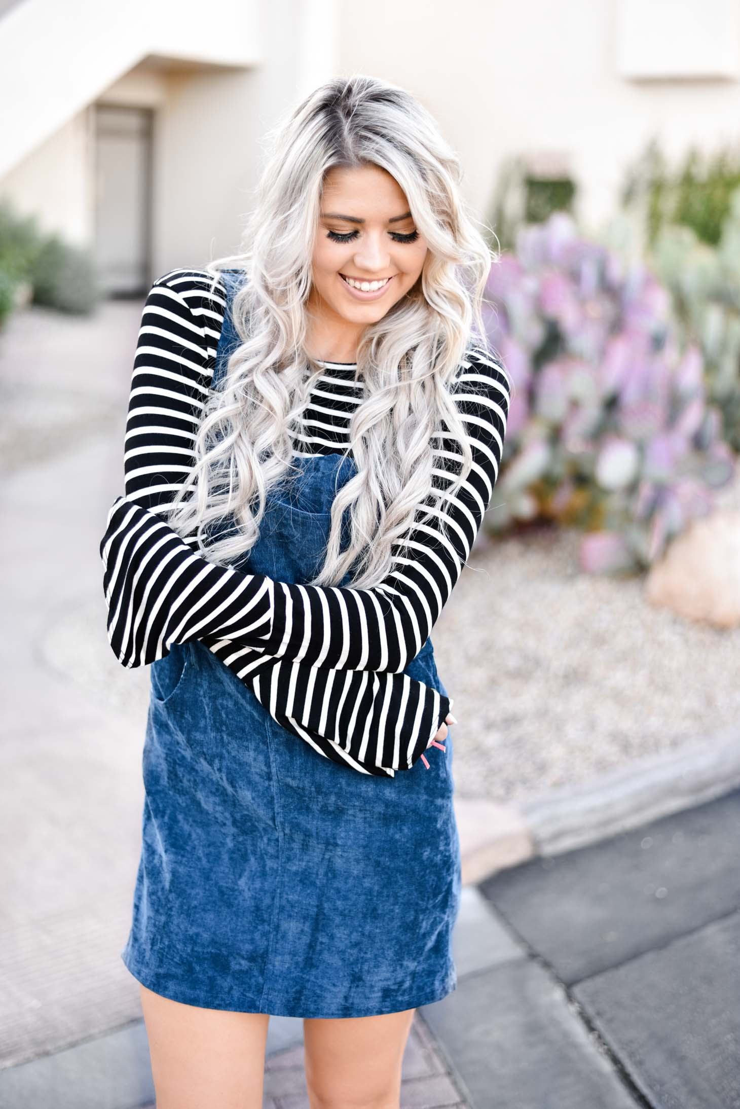 Erin Elizabeth of Wink and a Twirl shares the cutest blue jumper for Fall with Pink Lily Boutique