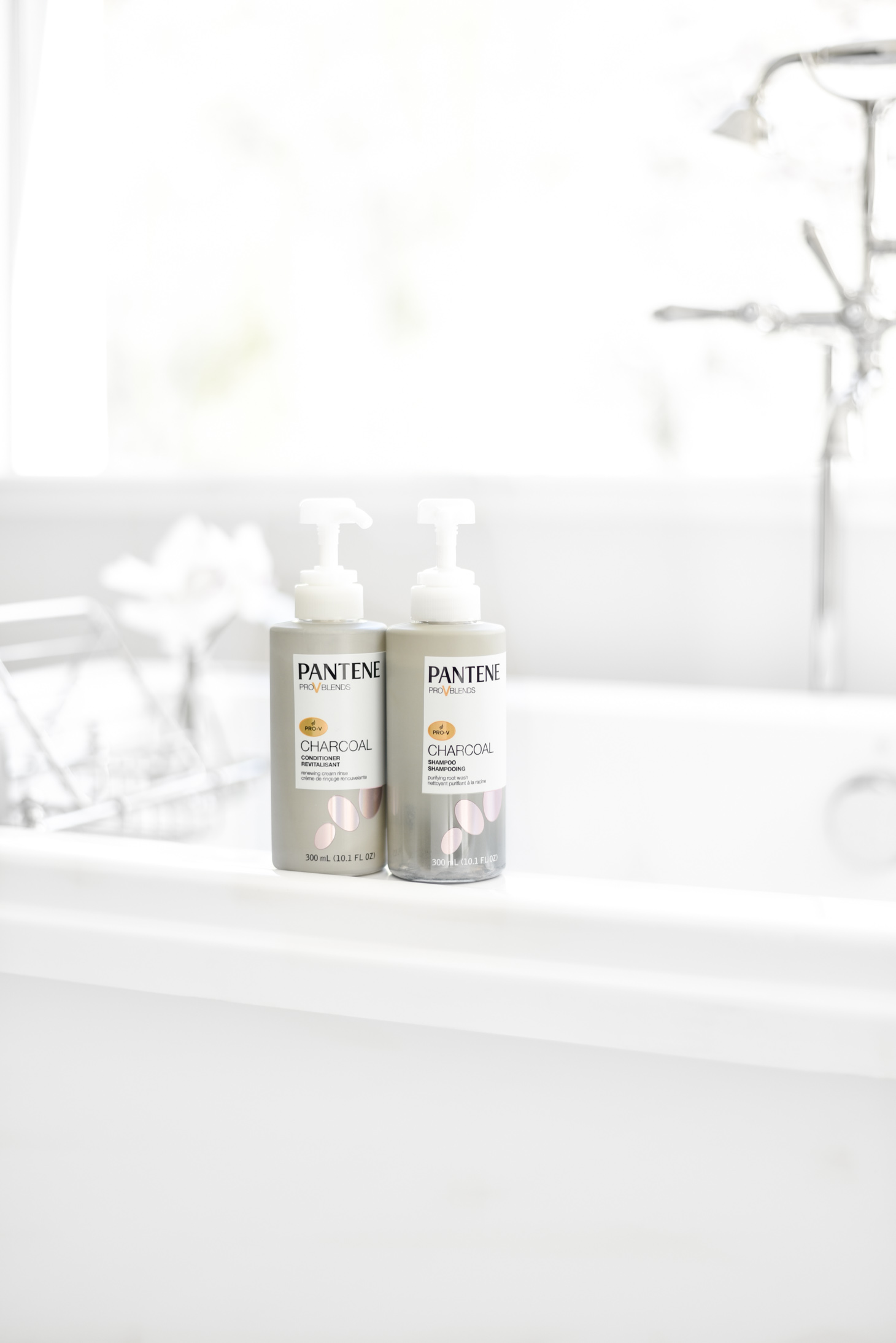 Erin Elizabeth of Wink and a Twirl shares the Pantene Charcoal Shampoo and Conditioner