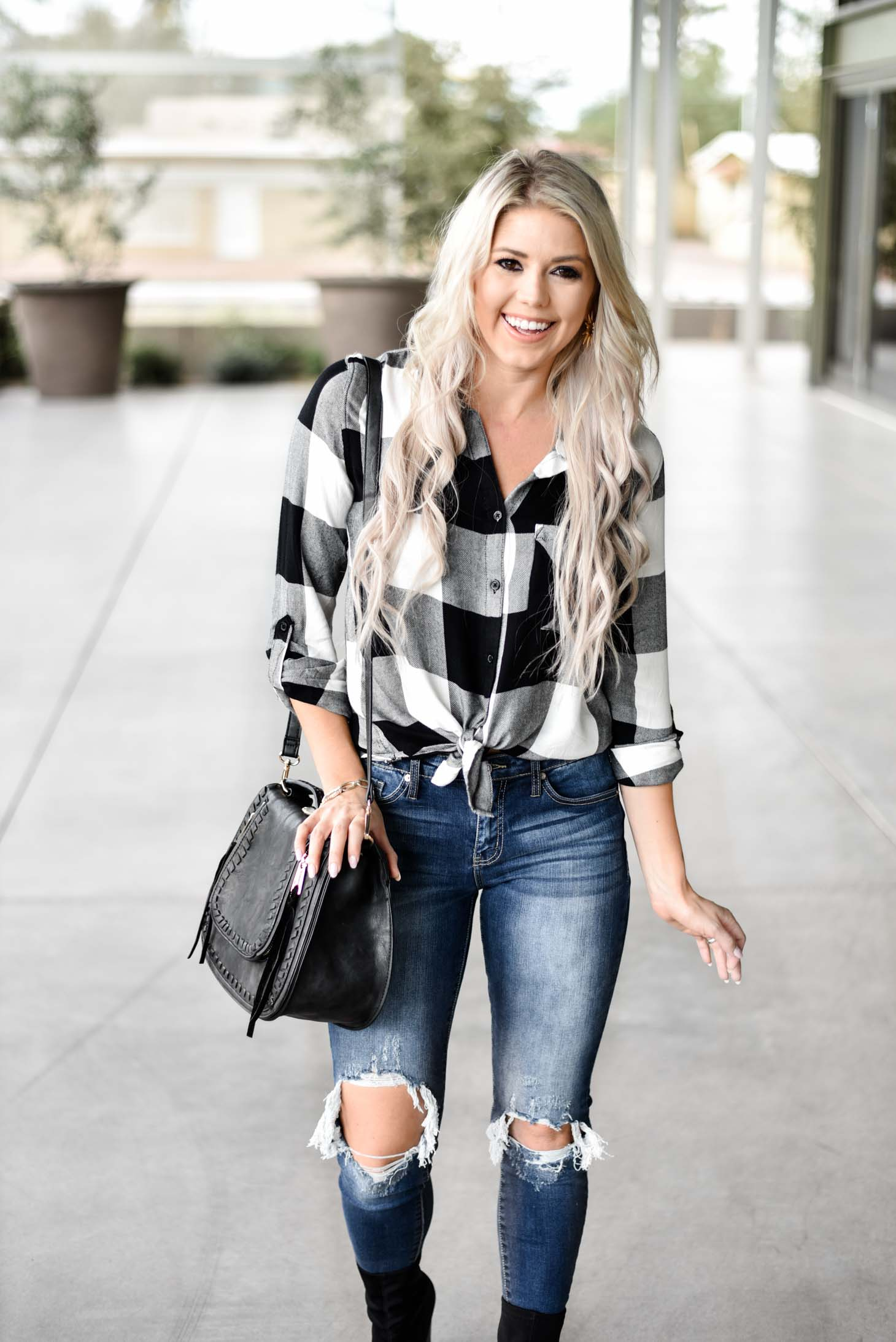 Erin Elizabeth of Wink and a Twirl shares the perfect fall plaid and denim style from Vici Dolls