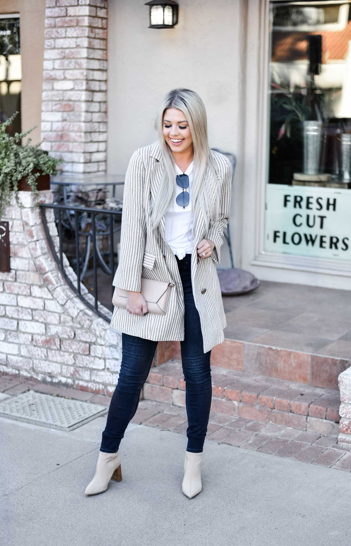 Erin Elizabeth of Wink and a Twirl shares the perfect oversized blazer from Chicwish