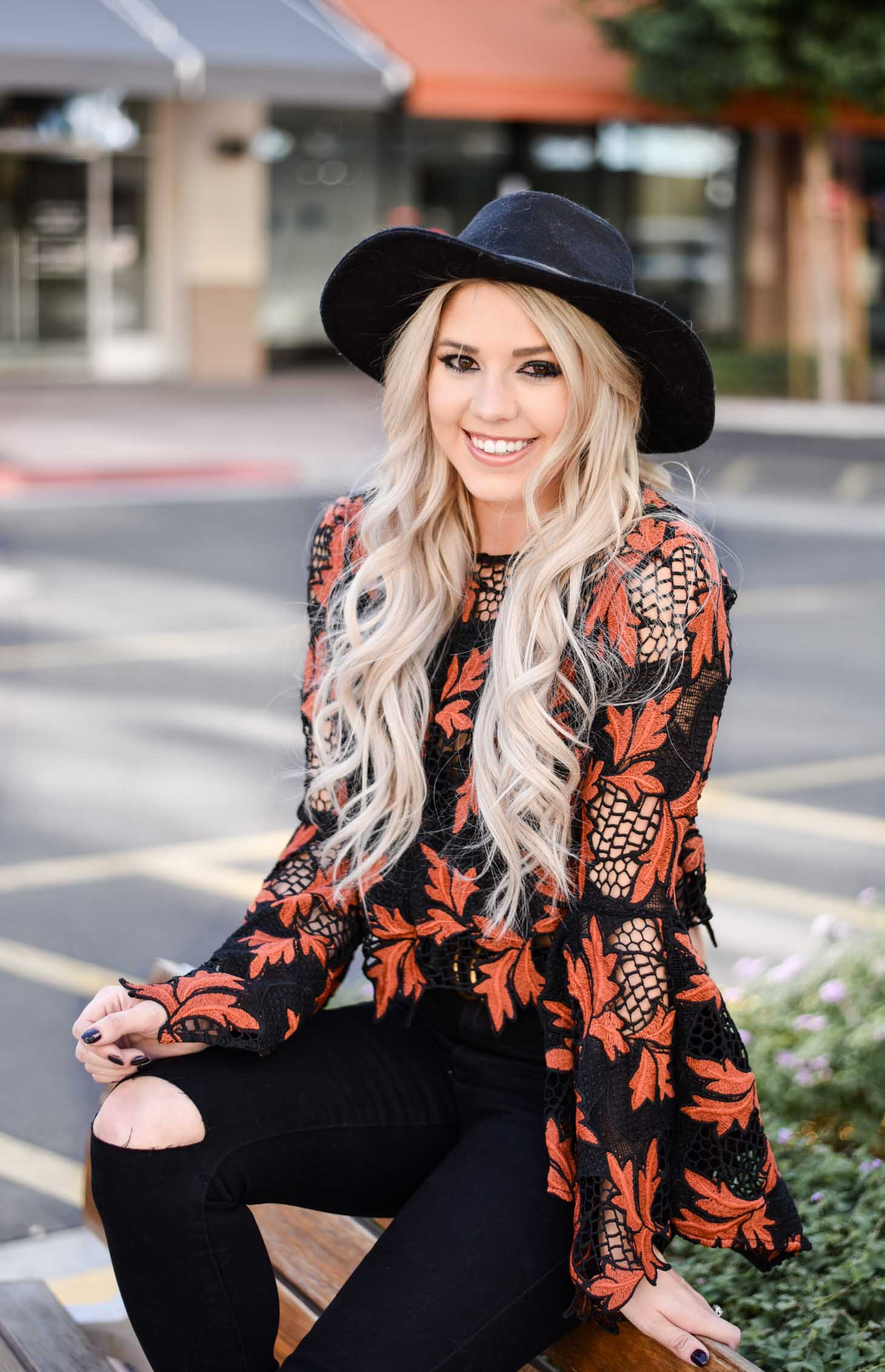 Erin Elizabeth of Wink and a Twirl shares the perfect fall look from Lulus