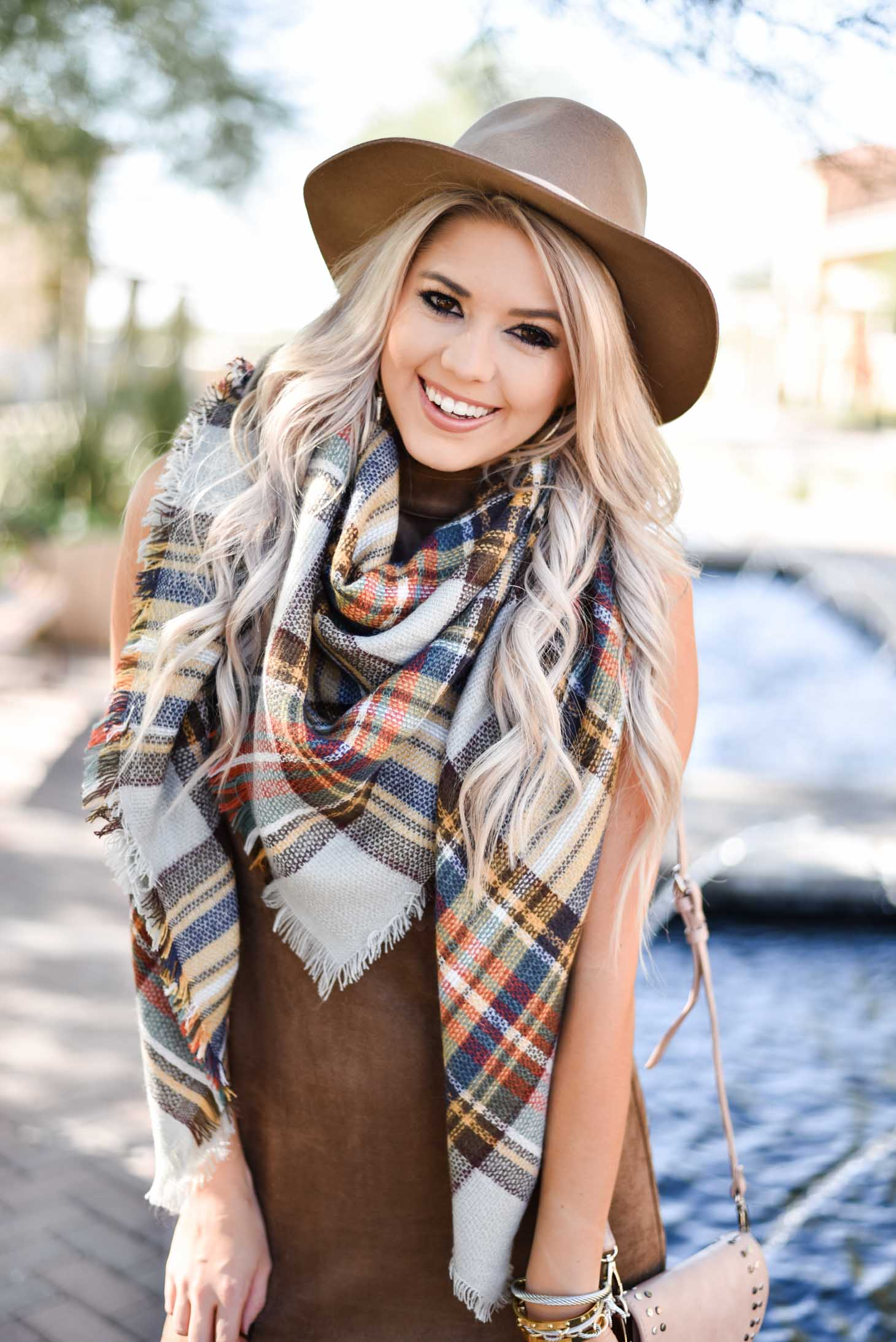 Erin Elizabeth of Wink and a Twirl shares the cutest Thanksgiving Day look from Shop Sugar Lips