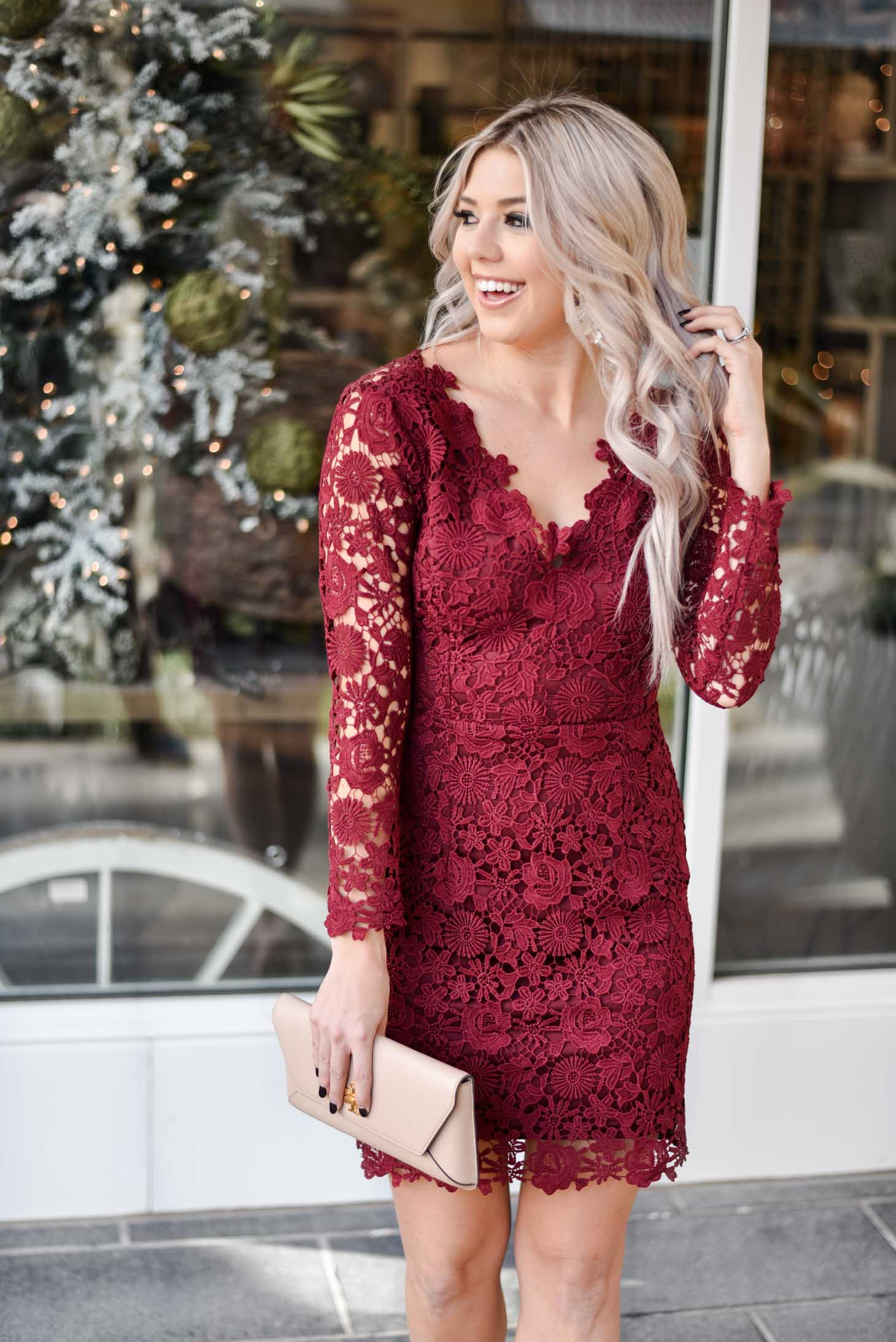 Erin Elizabeth of Wink and a Twirl shares the perfect holiday red lace dress for the holidays from Valentina Boulevard