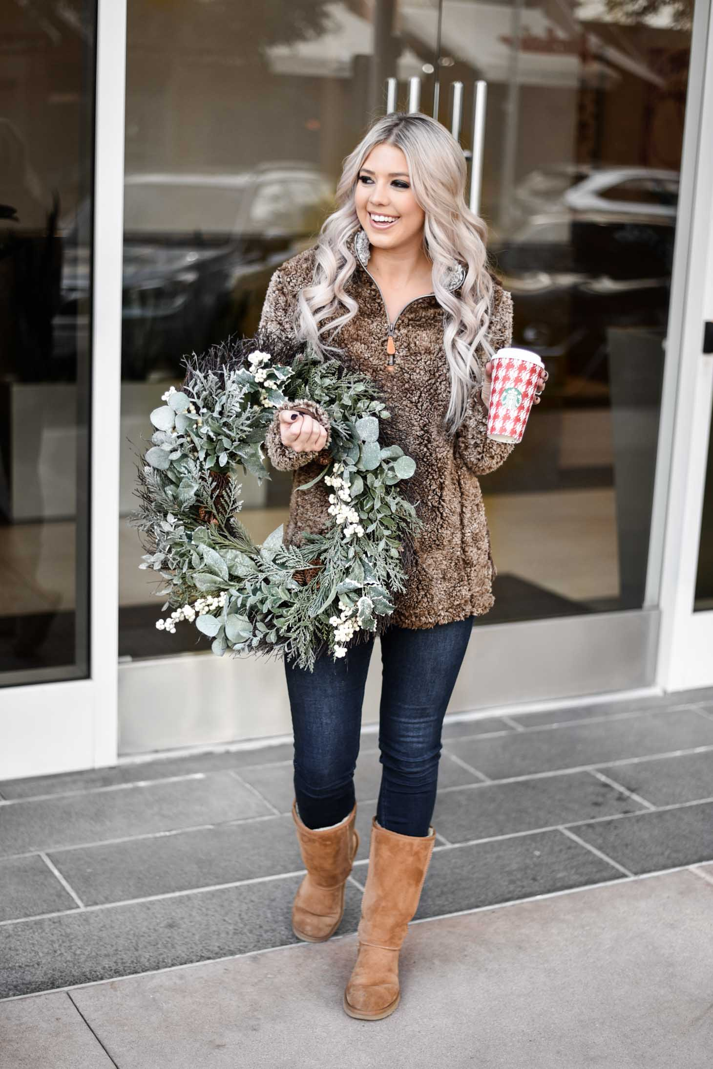 Erin Elizabeth of Wink and a Twirl shares the perfect Black Friday sales from Pink Lily Boutique