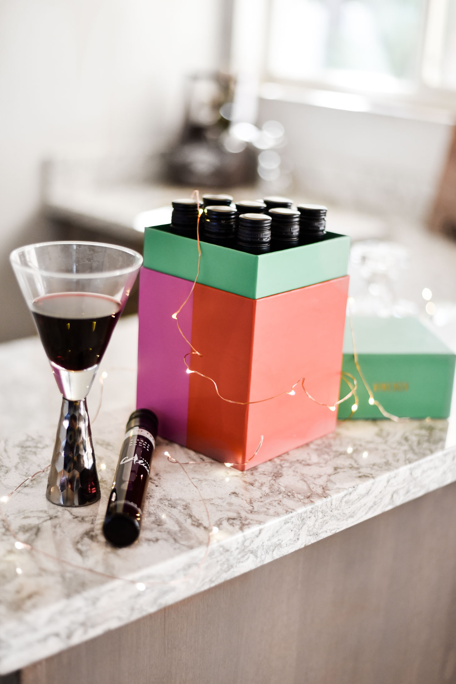 Erin Elizabeth of Wink and a Twirl shares the perfect gifts for the host and hostess - including a fabulous box of wine by Vinebox