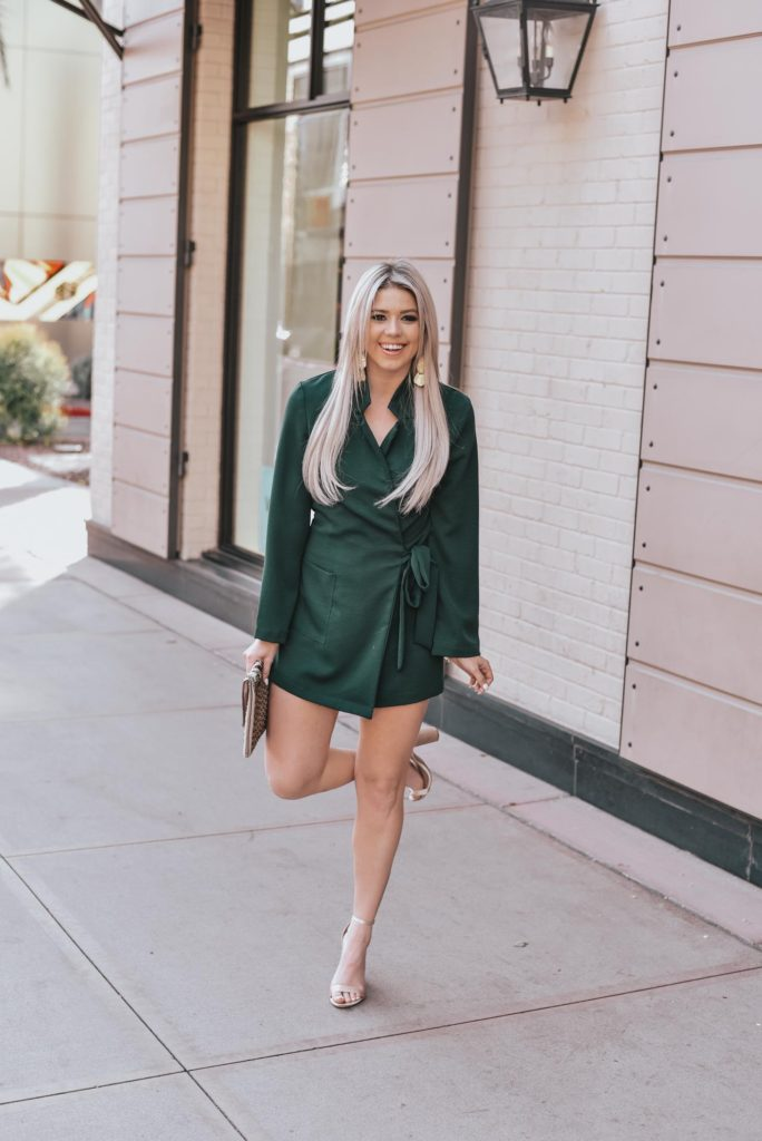 Erin Elizabeth of Wink and a Twirl shares the perfect green romper and gold accessories for a fun night out on the town with Lulus