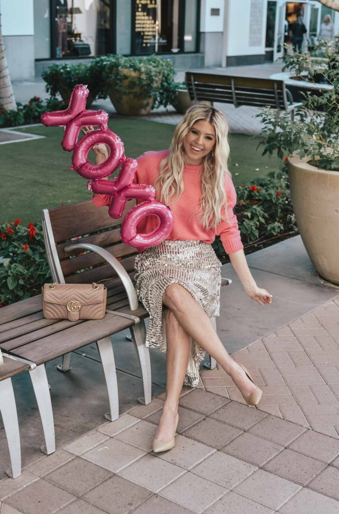 Erin Elizabeth of Wink and a Twirl shares the perfect glittery and pink Valentine's Day look with Goodnight Macaroon