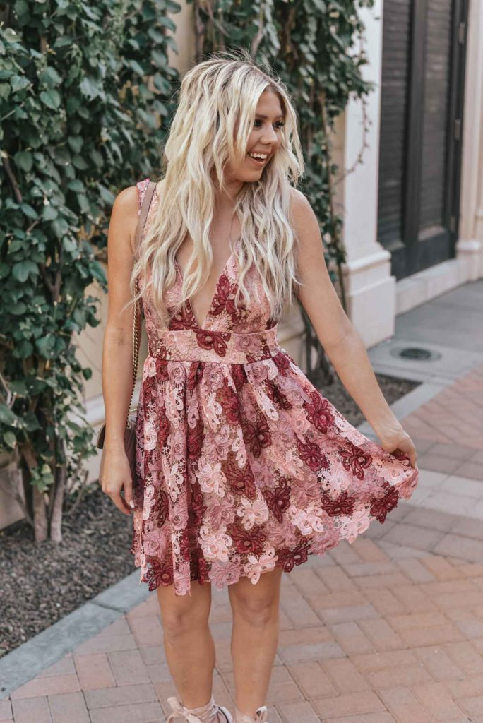Erin Elizabeth of Wink and a Twirl shares the perfect Valentine's Day dress from Lulus