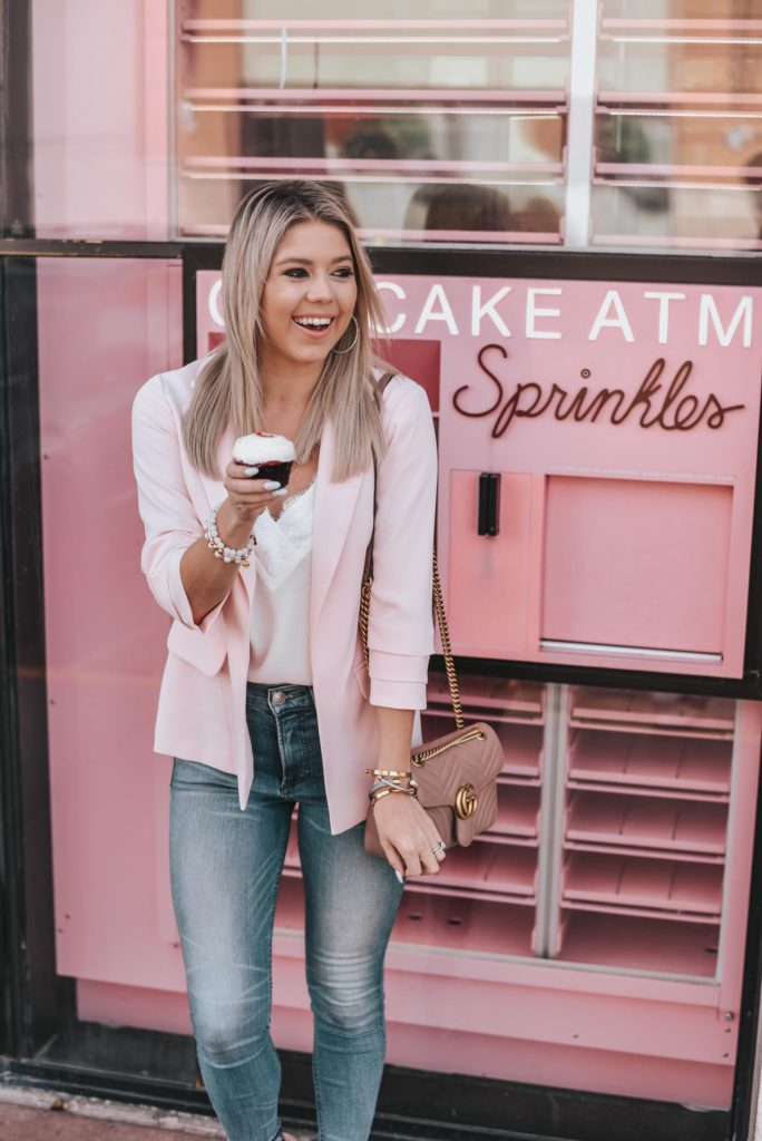 Erin Elizabeth of Wink and a Twirl shares the perfect pink blazer from CeCe Sportswear at Nordstrom that you need in your spring wardrobe!