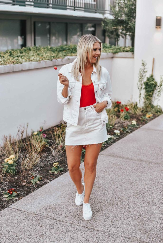 Erin Elizabeth of Wink and a Twirl shares the cutest white denim look from Lulus