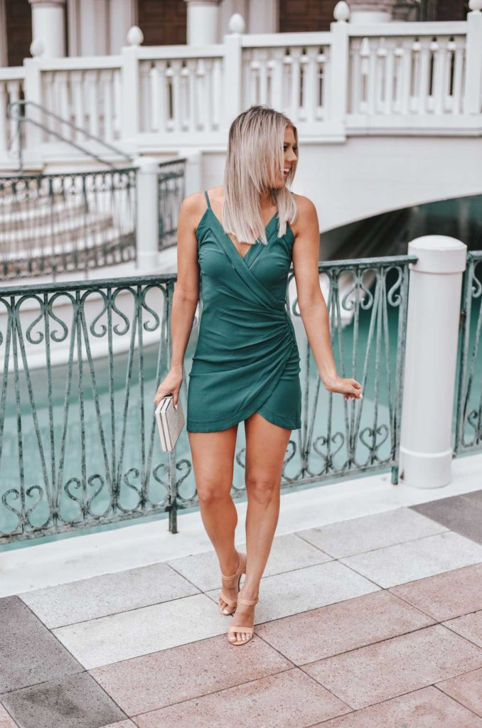 Erin Elizabeth of Wink and a Twirl shares a great Lulus dresser a night out on the town in Vegas