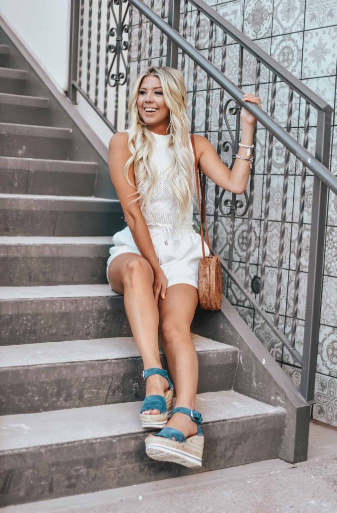 Erin Elizabeth of Wink and a Twirl shares the perfect all white look with a pop of blue with these Marc Fisher Espadrille Wedges